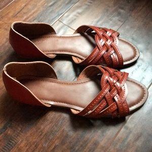 Universal Thread Huarache Sandals 8